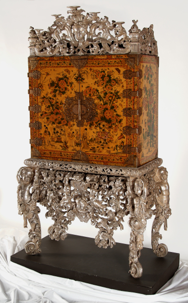 image witcombe cabinet (3)